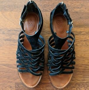 Vince camuto strappy black suede sandal 8.5